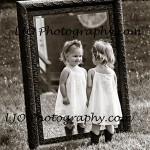 LJO-Photography-Hoyt-Farm-children-8928-b bron g 3 logo