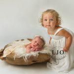 LJO-Photography-smithtown-hauppauge-farmingdale-family-photography-wedding-engagement--family--0353 b logo