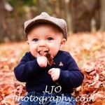 LJO Photography-fall-photo-mini-sessions-8198 b logo
