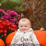 LJO Photography-fall-photo-mini-sessions-9112 b logo