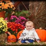 LJO Photography-fall-photo-mini-sessions-9115 b logo