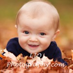 LJO Photography-fall-photo-mini-sessions-9132 b logo