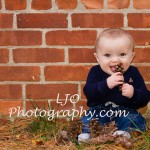 LJO Photography-fall-photo-mini-sessions-9170 b logo